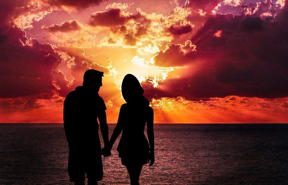 恋が終わって家庭に帰るときの男性心理を徹底解析!毎回家に帰る時や結局奥さんに戻る時の気持ち