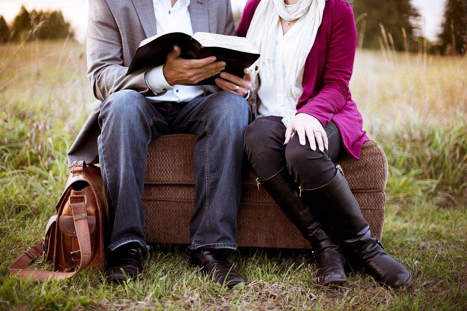 既婚者に片思い…実らないと諦める?開き直って楽しむべき?行き場のない苦しい気持ちの到達点